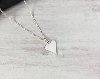 Sterling Silver Shiny Heart Necklace/Heart Necklace/Heart Charm/Sterling Silver/Minimal/Love/Bridal/Gift/Modern/Everyday Wear/Layer/UK