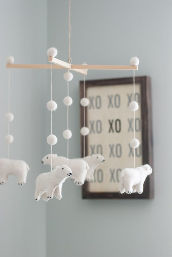 bear,bear decor,woodland,woodland nursery,nursery decor,baby mobile,bear mobile,organic