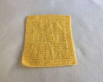 "100% Cotton Hand Knitted Vintage Quilt Pattern ""Cross Within  a Cross""  Dish Cloth / Wash Cloth - Yellow - Lot WC 121"