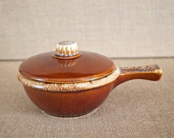 Vintage Hull Brown Drip Casserole - Excellent Condition