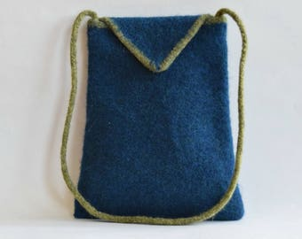 Simple Blue Felted Shoulder Purse with Green Trim