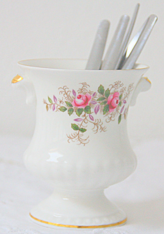 Beautiful Vintage Royal Albert 'Lavender Rose' Spooner, Small Vase, England