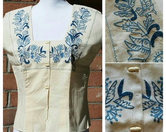 Vintage 1950's Mexican blouse, Hand Embroidered,Birds Embroidery,Bone Buttons,Boho blouse, Gypsy blouse, Frida Kalo blouse,Festival blouse