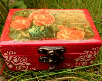 Decoupage handmade box / Small, handmade red wooden box with roses in vintage style, made in Decoupage technique
