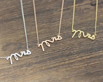 Dainty Mrs Necklace, Silver Mrs Necklace, Gift for her, Wife gift, Mrs charm necklace, Anniversary gift