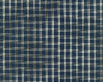 Medium Plaid Navy Homespun Cotton Fabric, Gingham, End of Bolt 0.77 Yard