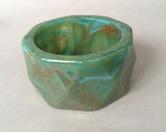 Chunky Faceted Lucite Green Marbled Bangle Bracelet