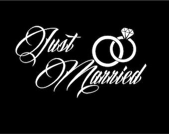 Just Married car window decal Wedding decal Just Married car decoration Just Married vinyl decal Wedding Day Marriage Wedding rings