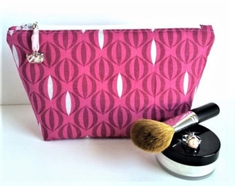 Pink Makeup Bag, Gift for Her, Pretty Cosmetic Bag, Pink Makeup Pouch, Large Zipper Pouch, Pink Zipper Pouch, Large Pencil Pouch