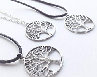 Tree of Life Necklace, Silver Tree Pendant, Round Circle Tree Charm, Woodland Vegan Symbol, Statement Forrest Nature Necklace, Tree Necklace