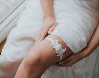 Wedding Garter Set | Lace Garter | Bridal Garter | Wedding Toss Garter | Ivory Flower Garter | Boho Floral Garter [Azalea Garter Set]