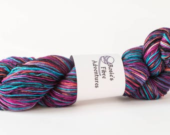Sock yarn. Hand dyed yarn. Merino nylon sock yarn. UK indie dyer. Ideal for socks. Sock weight yarn, knitting supplies. Hand dyed yarn.