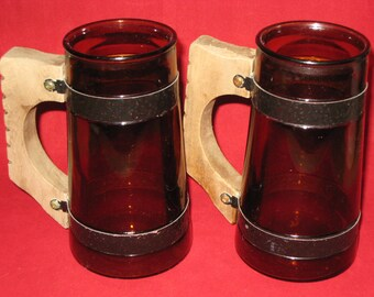 Siesta Ware Mugs/Plain Brown Barrel Mug/Brown Glass Mug Black Metal Band Wood Handle/Vintage Brown Glass Siesta Ware Mugs SET of 2