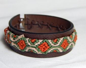 Brazilian bracelet green and ochre on leather strap