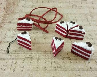 Red Velvet Cake - Cake Charms