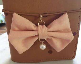 Pretty Peach TN bow charm