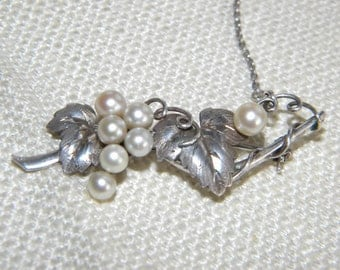 Lovely Cultured PEARLS sterling silver brooch ~ stamped ~ real pearls ~ GRAPES~   - inA2094