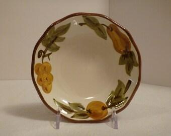 Stangl Sculptured Fruit Bowl #5179
