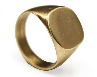 Signet Ring I SAVVY // brass