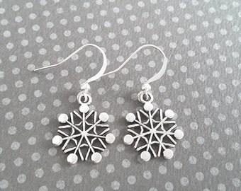 Sleek Snowflakes . Earrings