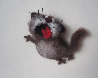 Singing cat, felt cat, brown,Toys, magnet or brooch, Felt doll, Handmade toys, Needle felting, Felt toys, toy, gifts, Gifts for her