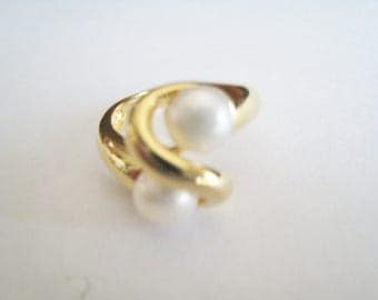 Real Pearl Sterling Gold Tone Ring   ( size 5  )