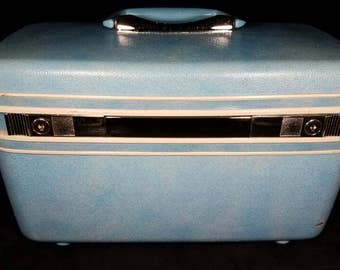 Vintage Light Blue Samsonite Train Case with Mirror and Tray