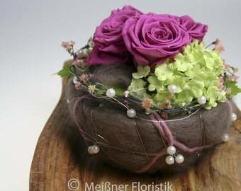 Arrangement ball table decorations wedding lilac / vintage