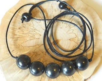 Shungite beaded pendant macrame necklace emf protection from Russia