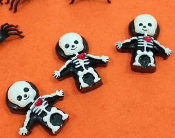 Cute Jelly Baby Skeleton pin // SKELLY BABIES!