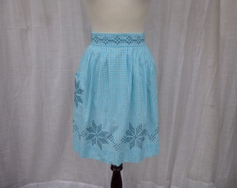 Vintage 60s Turquoise Gingham Women's Half Apron Blue Check Cotton Snowflakes Cross-Stitch Pocket Farmhouse Apron Country Kitchen Glam Garb