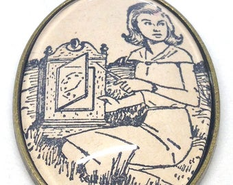 "Nancy Drew ""The Secret of the Old Clock"" pendant"