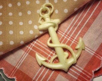 Vintage FRENCH oversized large anchor brooch pin pinback button made of plastic - from the 1970s