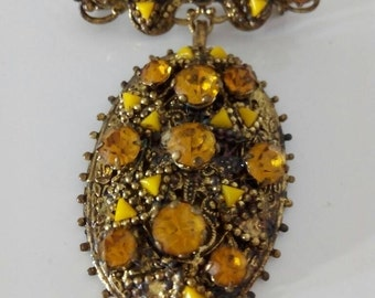 Antique brooch with rhinestones from the years 1960