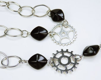 Necklace gears of silver necklace with black beads steampunk jewelry rack black