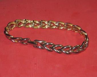 A-36 Vintage Bracelet 7  in long
