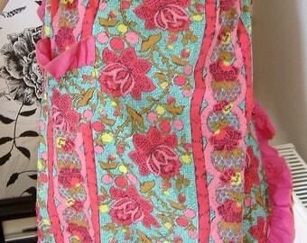 1950S KITCHEN APRON pinks and greens