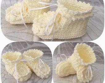 Baby Bootie - Cute Baby Bootie - Knit Bootie - Crochet Bootie