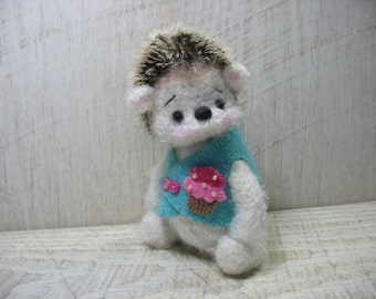 Knitted hedgehog Shun, toy hand-knitted