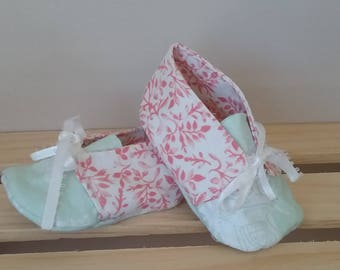 Baby girl shoes, mint and coral baby shoes, tie up baby booties, crib shoes, baby shower gift