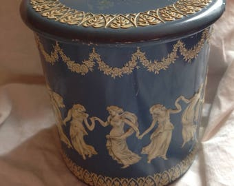 Wedgewood Tin Can Vintage Made in Holland 3 dimensional