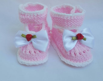 Pink Baby booties, rose, bow baby boots,baby slippers,baby gift, knitted baby booties, baby shower, newborn, handmade,shoes for babies, baby