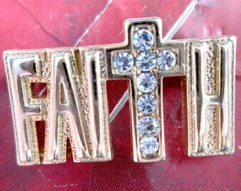 Vintage Faith Word Brooch Pin Gold Tone Clear Rhinestones Original Display Card