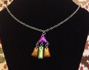 Shiny iridescent metallic colourful Friendly Plastic necklace, Boho