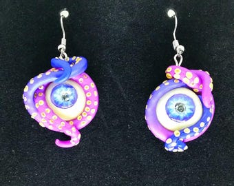 Tentcale earrings