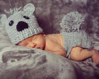 Crochet Koala Bear set. Photo props.  Newborn Koala set