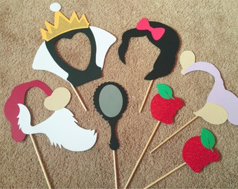 7-pack Snow White Photo Booth Props, Birthday Party Photo Props