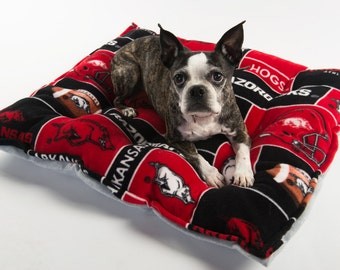 Arkansas Razorbacks Dog bed, Arkansas dog bed, Razorbacks dog bed
