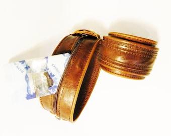 Bracelet-portfolio, Super leather, safe, invisible closing, high quality leather