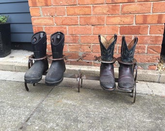 Horse shoe boot rack horseshoe